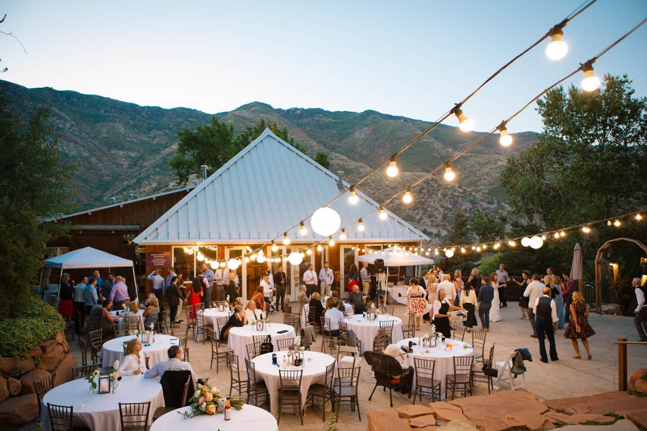 Oudoor reception at Louland Falls.