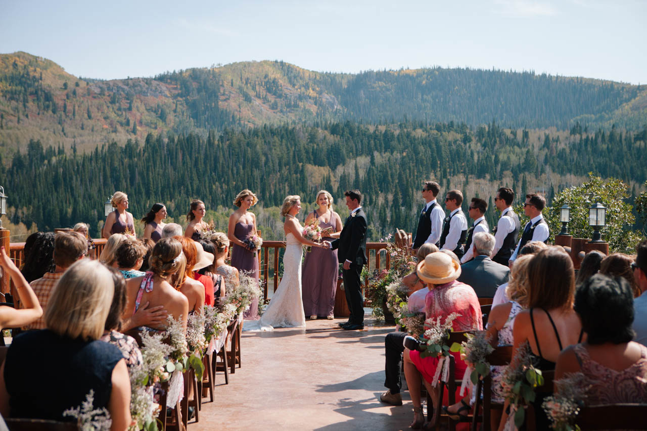 Outdoor wedding ceremony at Timber Moose Lodge.
